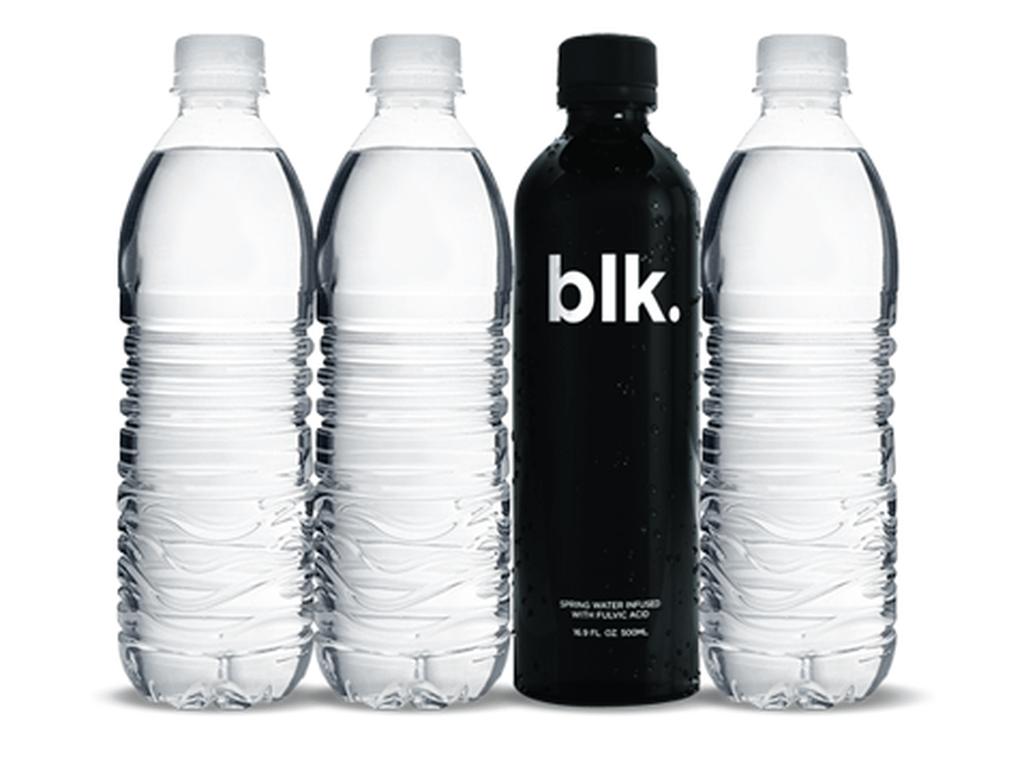 Smaaktest zwart water blk