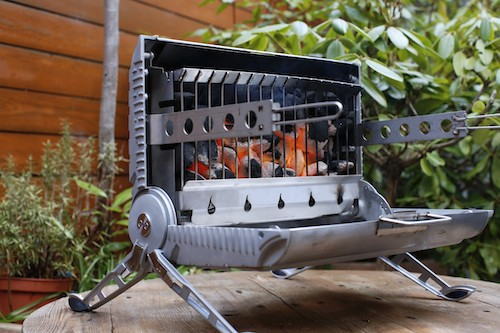Verticale barbecue in de review